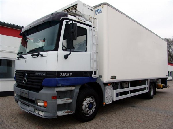 Mercedes-Benz - Actros 1831 Tiefk�hler mit Thermo King + LBW