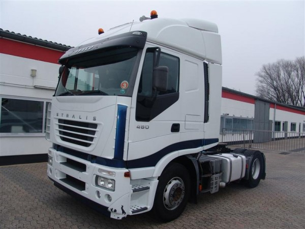 Iveco - Stralis 440S48 tractor