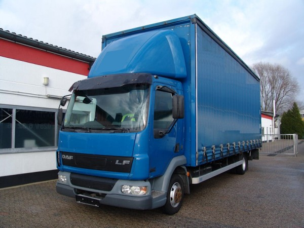 DAF - 45 LF Stake Body And Tarpaulin Truck Tautliner Edscha LBW