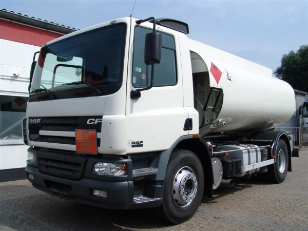 DAF - CF 75.250 A3 tanker fuel oil and diesel four chambers 13.390L