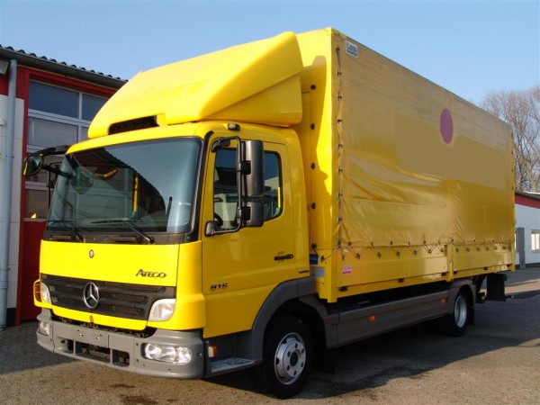 Mercedes-Benz - Atego 816 L air conditioning flatbed tarpaulin liftgate payload 3010kg