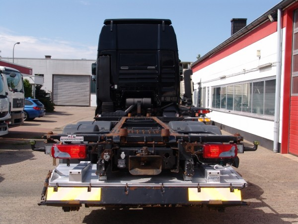 Im Set mit 13-poligem fahrzeugspezifischem Elektrosatz AHK f/ür Mercedes E-Klasse T-Modell // Kombi S213 ab 07//2016 Abnehmbare Anh/ängerkupplung