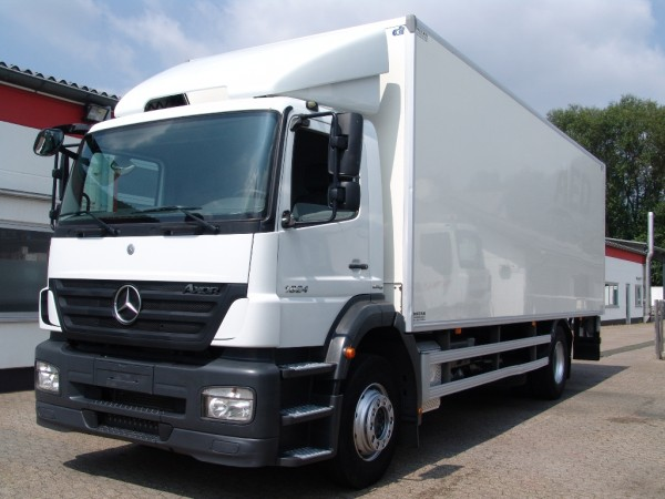 Mercedes-Benz - Axor 1824 case with Liftgate 2.000kg first hand