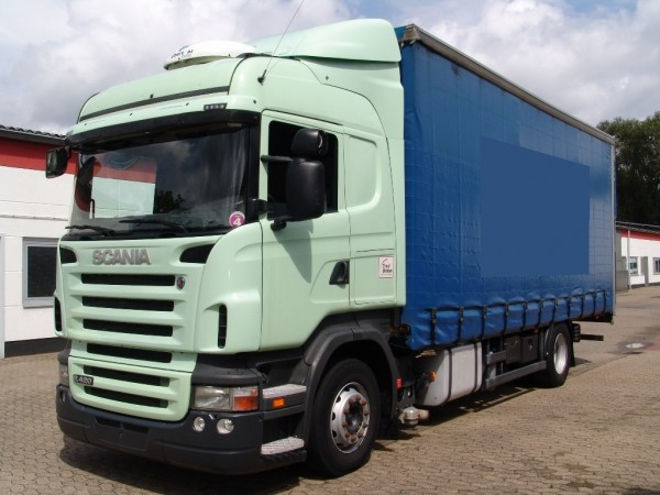 Scania - R420 Highline con techo ajustable Retarder climatización