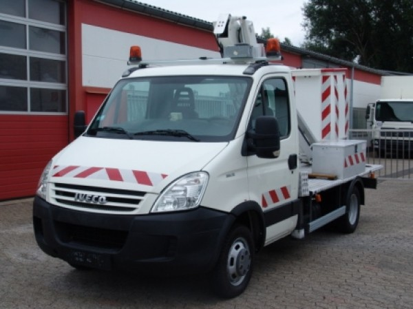 Iveco - Daily 35C12 Hubarbeitsbühne 101 TLE 10,70m neuer TÜV!