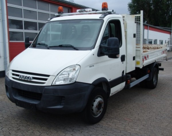 Iveco - Daily 65C18 tipper trailer coupling 3170kg payload !