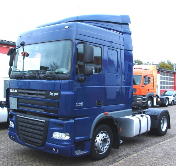 DAF - xf 105.410 SpaceCab I Hand switch EURO5