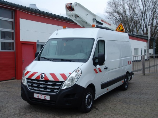 - Master 125dci working lift 12m Versalift ET32LE first hand