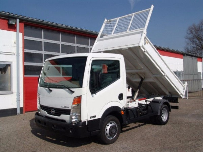 Nissan - Cabstar 35.11 tipper 3 seats 1400kg payload new TÜV and UVV!