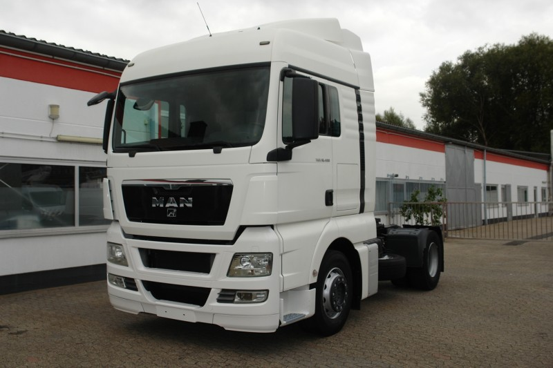 MAN - TGX 18.400 XL automatic gearbox airco heater new TÜV!