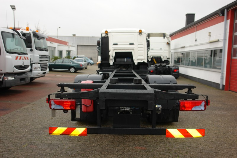 MAN TGA 18.400 LLS BDF swap body chassis airconditioning manual gearbox new TÜV!