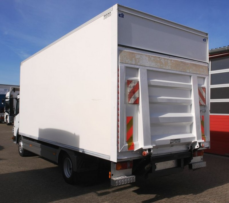Mercedes-Benz Atego 816 box 6,0m automatic gearbox liftgate TÜV new!