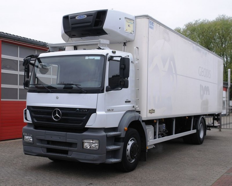 Mercedes-Benz - Axor 1829 fridge box multitemperatur manual gearbox liftgate TÜV new!