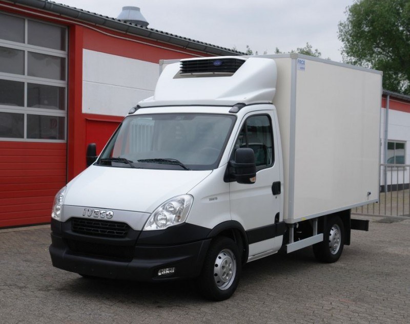Iveco - Daily 35S13 fridge box Carrier Xarios 200 1030kg payload EURO5 new TÜV!
