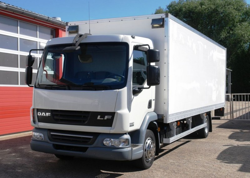 DAF - LF 45.210 box liftgate rear view camera EURO5 TÜV new!