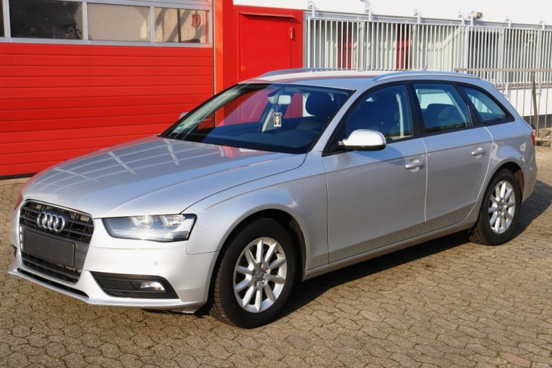 Audi - A4 Avant 2.0 TDI DPF multitronic Attraction EURO5 TÜV!