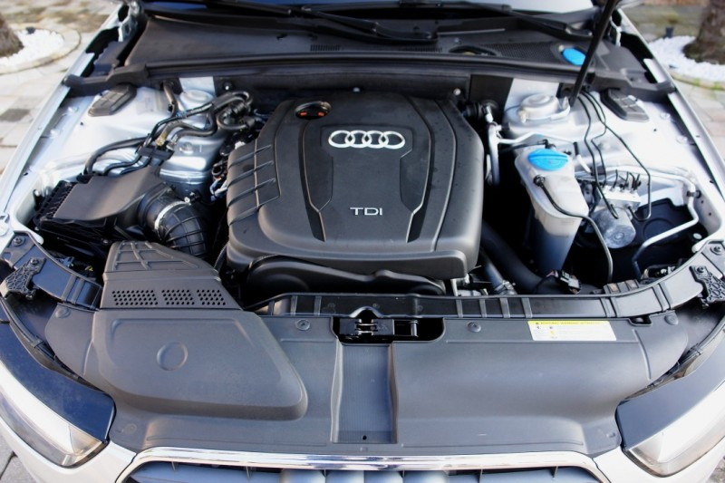 Audi A4 Avant 2.0 TDI DPF multitronic Attraction EURO5 TÜV!