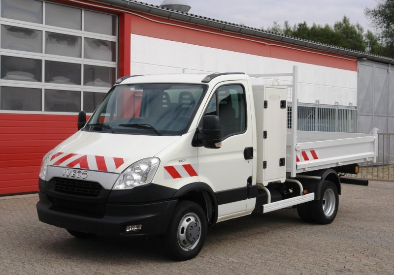 Iveco - Daily 35C11 tipper toolbox airco towbar EURO5 new TÜV
