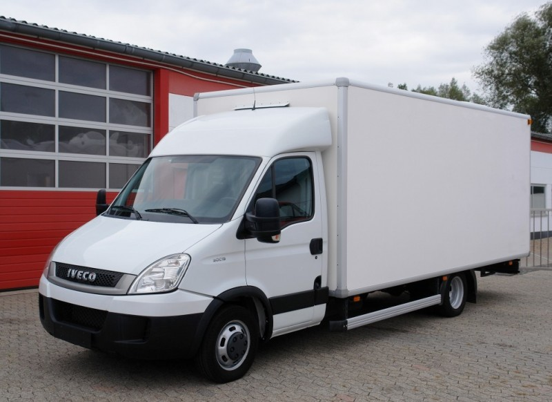 Iveco - Daily 50C15 mobile shop truck refrigerated display case 5 meters TÜV new!