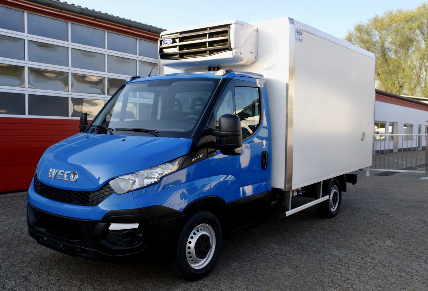 Iveco - Daily 35S13 Tiefkühlkoffer Carrier Xarios 600 EURO 5 TÜV