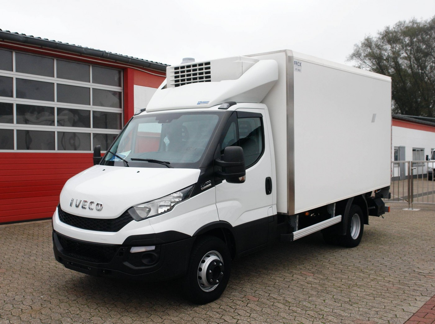 Iveco - Daily 70C17 Tiefkühlkoffer -32°C Thermo King V-600MAX Ladebordwand EURO5