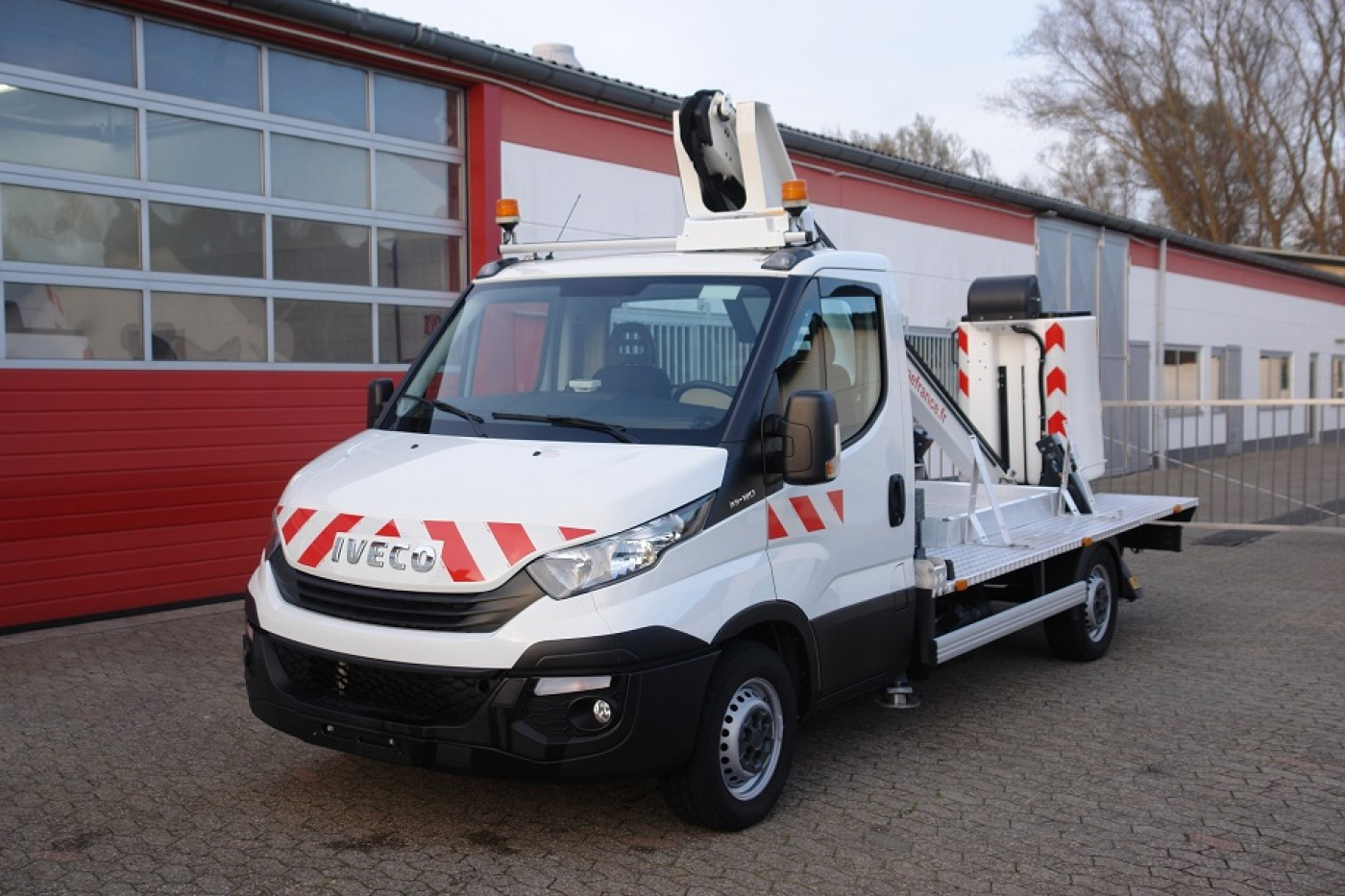 Iveco Daily 35S13 nacela prb Time France LT130TB 13m Carlig de tractare