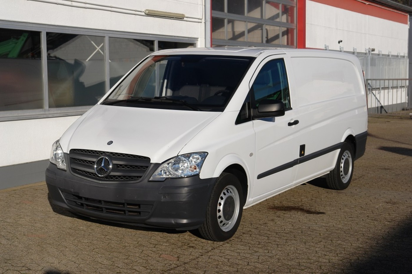 Mercedes-Benz - Vito 110CDI frigider Thermo King V100