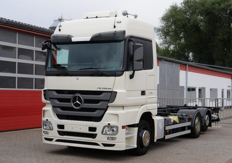 Mercedes-Benz Actros 2536L 6X2 BDF container xenon no-idle